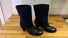 Clarks navy blue leather/suede mid calf boots size 6.5 [4088]