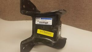 FORD OEM 2008-16 F-350 Super Duty Rear Leaf Spring Bracket DC3Z5775B f250 f450