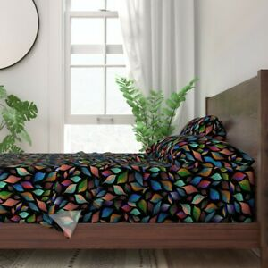 Leaves Black Background Color 100% Cotton Sateen Sheet Set by Spoonflower