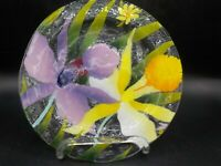 """Wm McGrath Fused Art Glass 8.5"""" Round Plate Tray Spring Flowers Daffodils Exc!"""