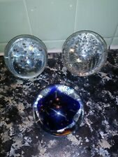 Lot 3 Paperweights Clear Blue Glass Round Ball Paper Weight Bubbles Fish �