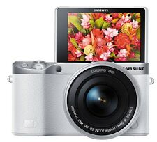Samsung NX500 4K Video Record Mirrorless Camera k/w 16-50mm Zoom Lens (White)