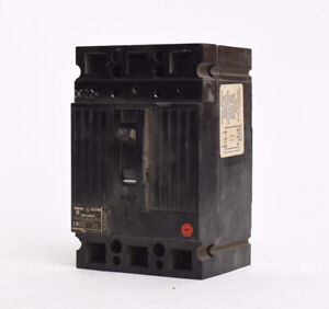 General Electric 30 Amp, 3-Pole Circuit Breaker - TED136030