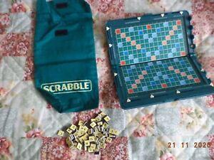 Pocket magnetic travel scrabble game