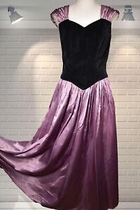 Vintage 1980s Edwardian Style Velvet & Shiny Satin Sweeping Evening Dress Small