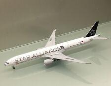 JC Wings 1/400 Air China Boeing 777-300ER Star Alliance B-2032 blue nose model