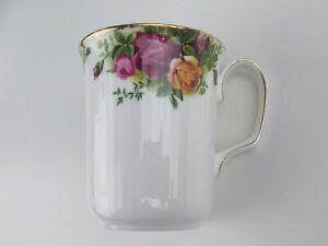 Mug Royal Albert Old Country Roses Vintage England (Ribbed Beaker)
