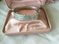 Antique vintage Sterling Silver bangle Victorian foliage pattern safety chain