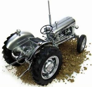 Universal Hobbies Brushed silver Chrome Finish Massey 35X Tractor 1:16 scale NEW