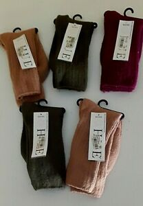 HUE assorted single pair boot socks One Size