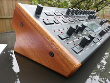 Access TI MK1 Desktop Virus Synth Custom Crafted fine pannelli in mogano