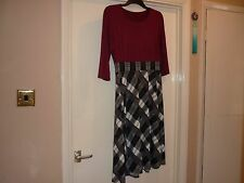 Lovely new dress size 14 easy wear top maroon skirt black/white with a flare.