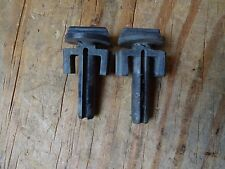 VOLVO 240 86-93 VOLVO GRILL RETAINER CLIP clips Matched SET OF 2 OEM # 1312712