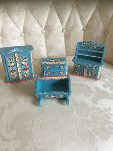VINTAGE DORA KUHN GERMAN DOLLHOUSE FURNITURE LOT
