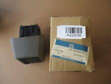 Kassettenbox Cassettenbox 1782764 90365134 Original NEU Opel Calibra Vectra A