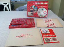 Vintage 1960's Kenner SPIROGRAPH No. 401 Game-Toy 1967 in excellent condition!