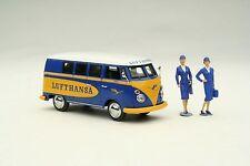 Schuco 1:43 / VW T1 Lufthansa Crew Bus + 2 Figurines / # SHU03186