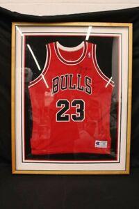 MICHAEL JORDAN SIGNED 35X44 FRAMED CHICAGO BULLS JERSEY HOF JSA COA PC1683