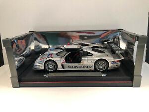 1/18 MAISTO Voiture Miniature Mercedes-Benz CLK LM