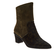 Lori Goldstein Collection Side Zip Pointed Toe Booties Italian Olive Leopard 6