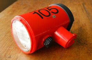 Nikon Nikonos SB-105 underwater flash strobe unit for parts or repair SB105
