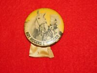 VINTAGE PINBACK BUTTON WESTERN COWBOY & HORSE ROY ROGERS & TRIGGER