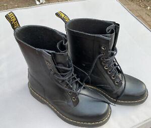 Dr Martens Drench Wellington Boots Size 4 Rubber Festival Classic 8 Hole Style