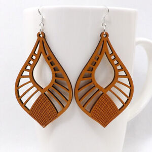 1 pair Good Quality Round Hollow Woman Wooden Earrings Pendant 1.8x2.8'' E48