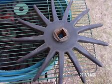 "New Idea Corn Picker - EARLY Style Type Center 305266 13"" USED Finger Wheel"
