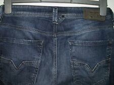 DIESEL LARKEE REGULAR-STRAIGHT JEANS 0836X STRETCH W28 L30 5788 119.99 now 59.99