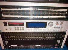 AKAI S3000XL MIDI Stereo Digital Sampler