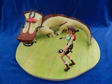 SCENE & FIGURINE  - ATLAS - LARA CROFT - L'ANTRE DU DRAGON - TOP + !