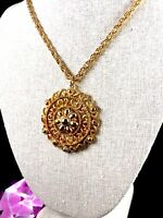 LISNER GOLD-TONE CHAIN NECKLACE ORNATE MOGHUL INDIA FILAGREE DESIGN PENDANT