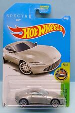 2662 HOT WHEELS / CARTE US /HW EXOTICS 2015 / 007 SPECTRE ASTON MARTIN DB10 1/64