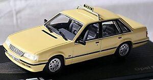 Opel Senator A2 Taxi 1982-86 Cream 1:43 Ixo