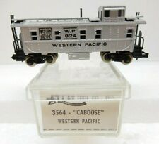 ATLAS #3564 ~ N SCALE ~ WESTERN PACIFIC LOOK OUT CABOOSE W.P. #824 ~ in box