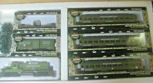 HO MILITARY TRAIN SET #RRM-0812-GP-20 LOCO WITH 5  CARS US ARMY TRAIN SET