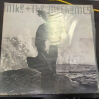 Record Album Mike And The Mechanics Living Years LP VG