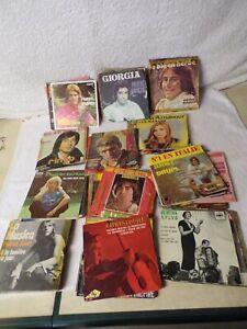 lot 70 vinyles 45 tours-sortis de grenier-à trier-tout style,époque