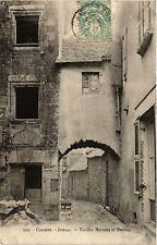 CPA  Juillac - Vieilles Maisons et Porche  (691849)