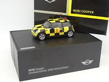 Auto Art 1/43 - BMW Mini Cooper Ritmo Coche