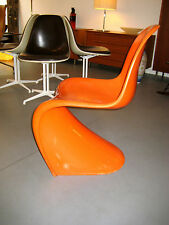 PANTON CHAIR HERMAN MILLER COLLECTION  BAYDUR VERNER PANTON Space Age