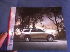 2013 Toyota Sequoia 4X4 SUV Color Brochure Catalog Prospekt