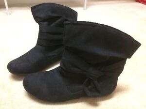 SO Evelyn Slouch Booties Women's size 7.5