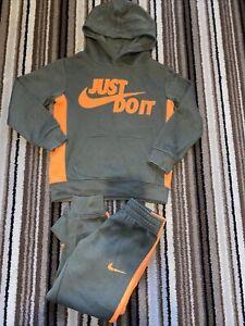Boys Nike Tracksuit Age 4-5 Years