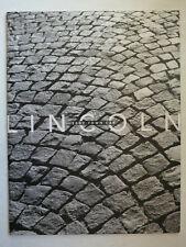 Prospekt brochure 2002 Lincoln Town Car, 24 Seiten, 31x24 cm groß, english USA