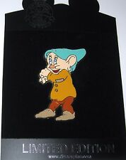 Rare LE 100 Disney Pin✿Snow White Seven Dwarfs Dopey Dressed as Bashful Costume
