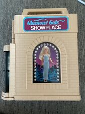 16 Glamour Gals Girls Dolls With Clothes and Showplace Case Kenner Vintage 1980s