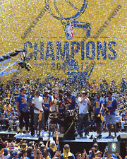 Golden State Warriors 2017 NBA Champions Victory Parade 8x10 Photo #4