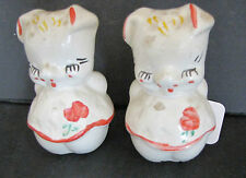 VINTAGE AMERICAN BISQUE DANCING PIGS 1950'S SALT AND PEPPER SHAKER SET 5478D